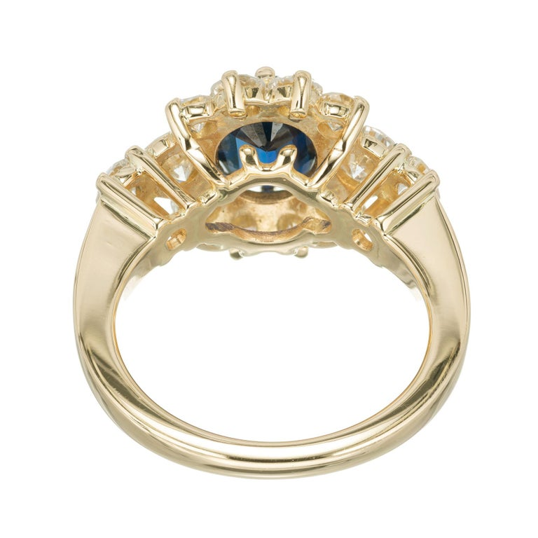 Women's GIA Certified 1.69 Carat Blue Sapphire Diamond Yellow Gold Engagement Ring For Sale