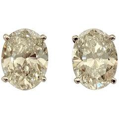 GIA Certified 18 Karat Gold Oval Diamond Stud Earrings, 2.02 Carat, 2.03 Carat