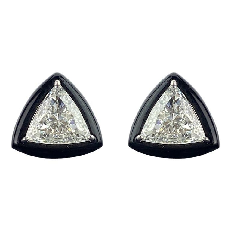 GIA Certified 1.88 Carat Diamond and Black Onyx Solitaire Stud Earring For Sale