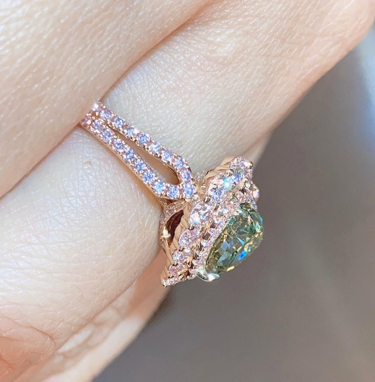 GIA Certified 2 Carat Fancy Brown Greenish Yellow Diamond Ring In New Condition For Sale In Tsim Sha Tsui, HK