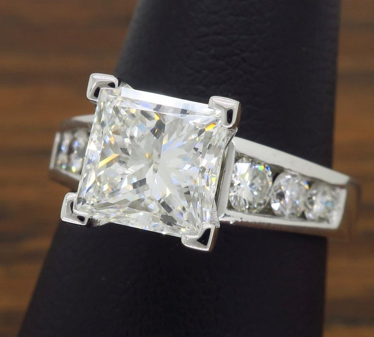 GIA Certified 2.01 Carat Diamond Platinum Engagement Ring For Sale 5