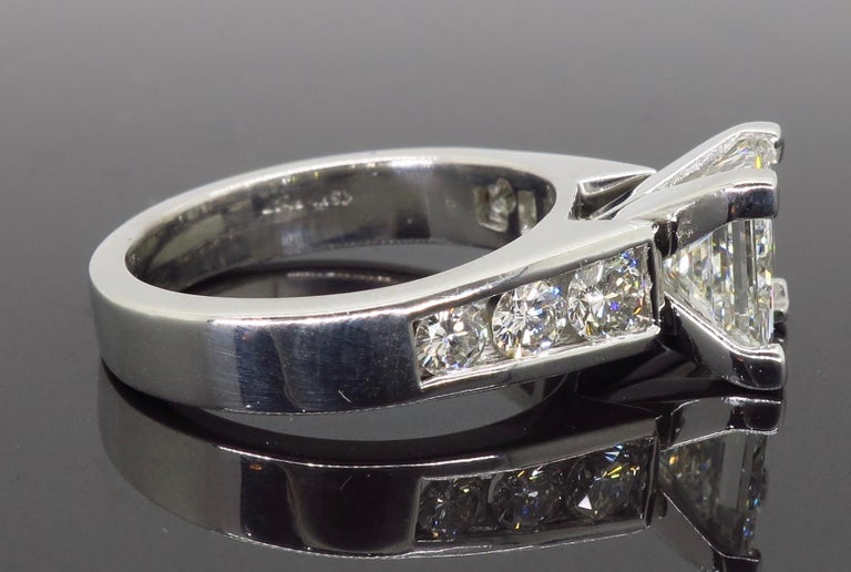 GIA Certified 2.01 Carat Diamond Platinum Engagement Ring For Sale 2