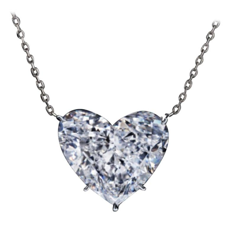 GIA Certified 2 Carat Heart-Shape Diamond Pendant Necklace 18 Carats White Gold For Sale