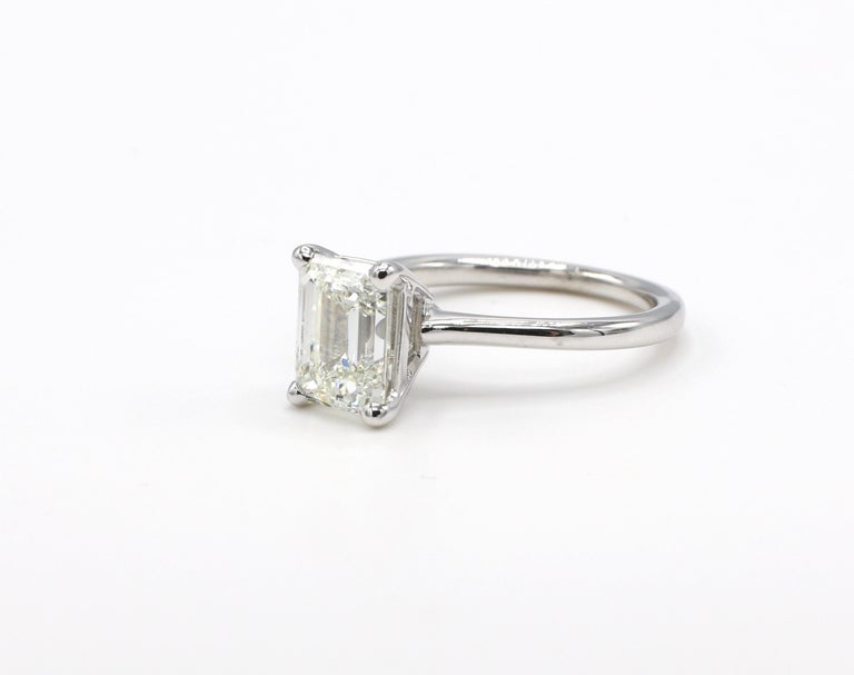 GIA Certified 2.03 Carat Emerald Cut Solitaire Diamond Platinum Engagement Ring In Excellent Condition For Sale In  Baltimore, MD
