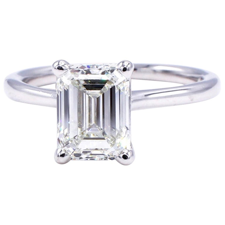 GIA Certified 2.03 Carat Emerald Cut Solitaire Diamond Platinum Engagement Ring For Sale