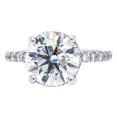 GIA Certified 2.04 Ct Round Brilliant Cut VS Diamond 18k Gold Diamond Pave Ring