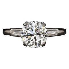 HRD ANTWERP Certified 3 Carat Round Brilliant Cut Tapered Baguette Diamond Ring