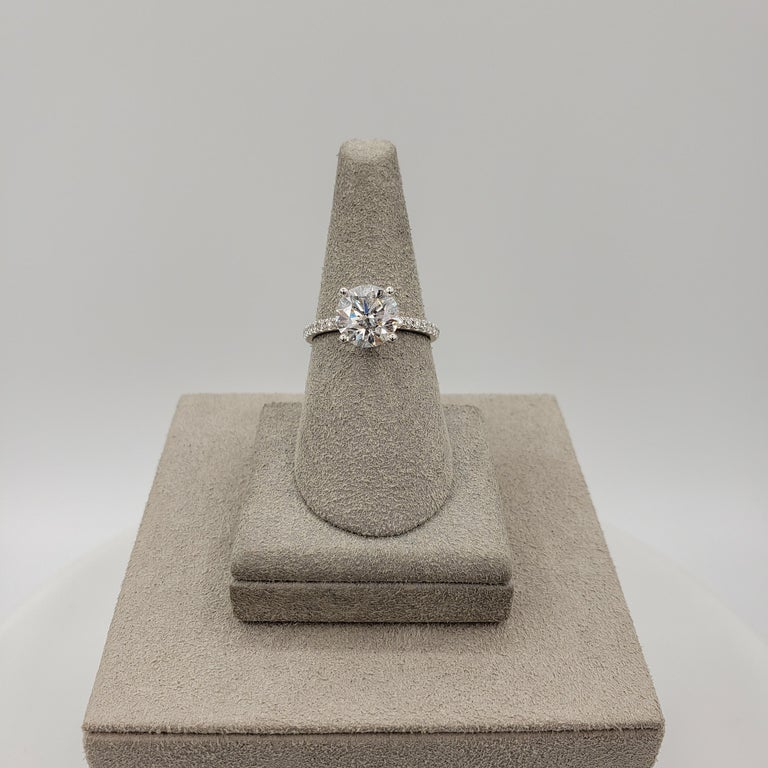 GIA Certified 2.10 Carat Round Diamond Pave Engagement Ring In New Condition For Sale In New York, NY