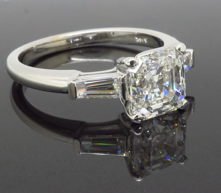 GIA Certified 2.10 Carat Square Emerald / Asscher Cut Diamond Engagement Ring For Sale 4