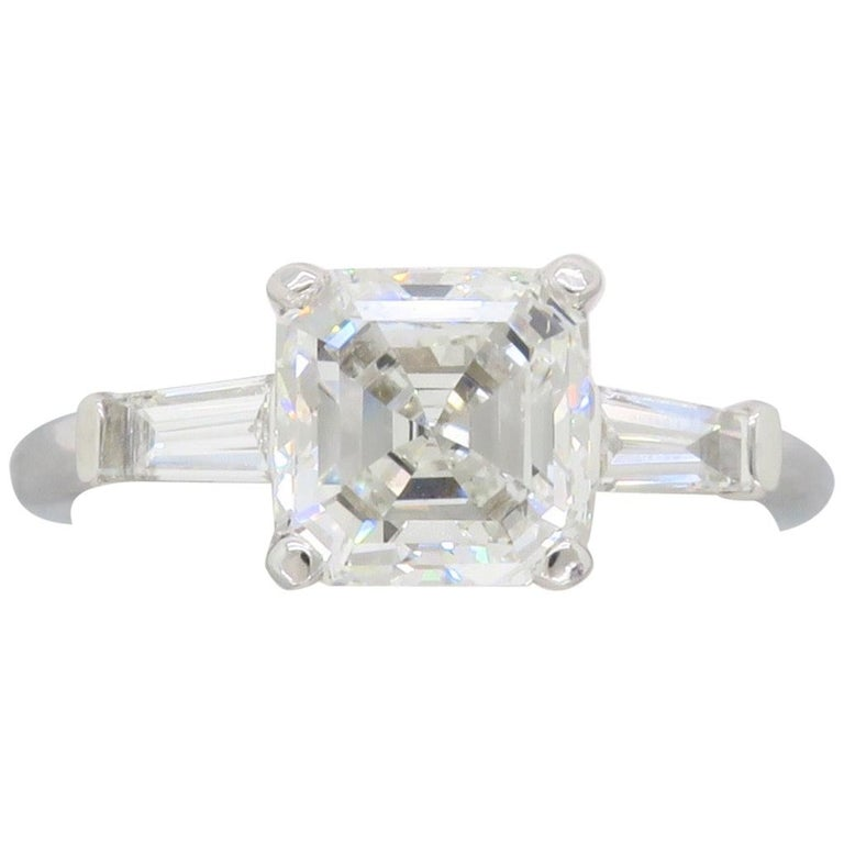 GIA Certified 2.10 Carat Square Emerald / Asscher Cut Diamond Engagement Ring For Sale