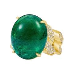 GIA Certified 21.46 Emerald Set in Custom Made 18 Karat Gold Diamond Link Ring