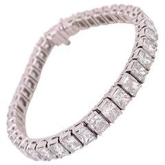 GIA Certified 21.48 Carats Radiant Diamond Tennis Bracelet
