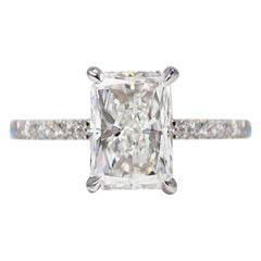 GIA Certified 2.30 Carat Radiant Cut Engagement Diamond Ring