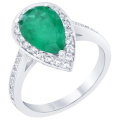 GIA Certified 2.56 Carat Emerald Diamond Engagement 18 Karat White Gold Ring