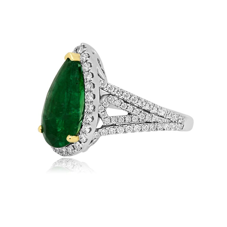 Pear Cut GIA Certified 2.79 Carat Emerald Pear Diamond Halo Two-Color Gold Ring For Sale