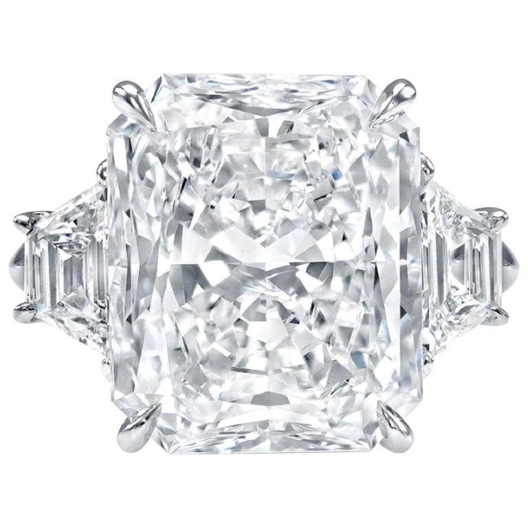 GIA Certified 2.25 Carat Radiant Cut Diamond Ring VS2 Clarity D Color Triple Ex For Sale