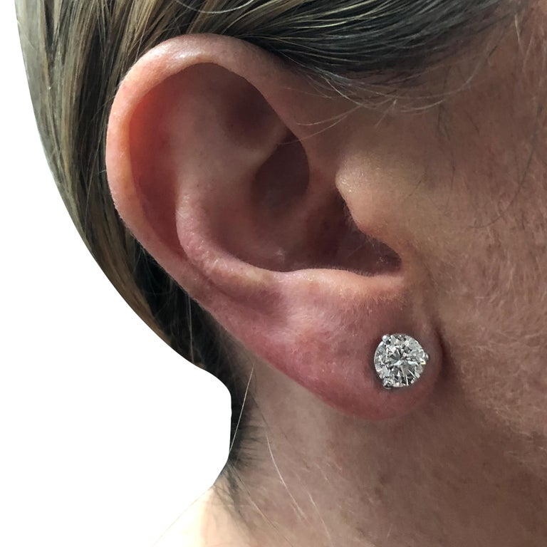 Round Cut Vivid Diamonds GIA Certified 2.93 Carat Diamond Stud Earrings For Sale