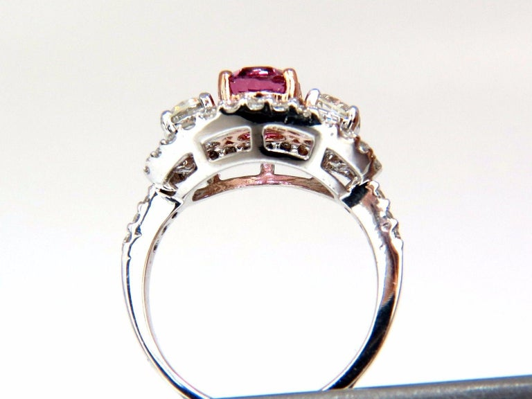 Women's or Men's GIA Certified 2.97ct natural no heat vivid pink sapphire ring three stone wrap For Sale