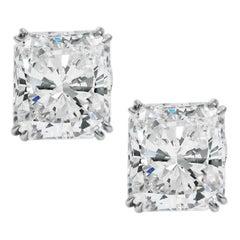 GIA Certified 3 Carat Radiant Cut Diamond Ring