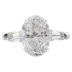 GIA Certified 3.01 Carat Oval Cut F color VS2 Clarity Diamond Gold Ring