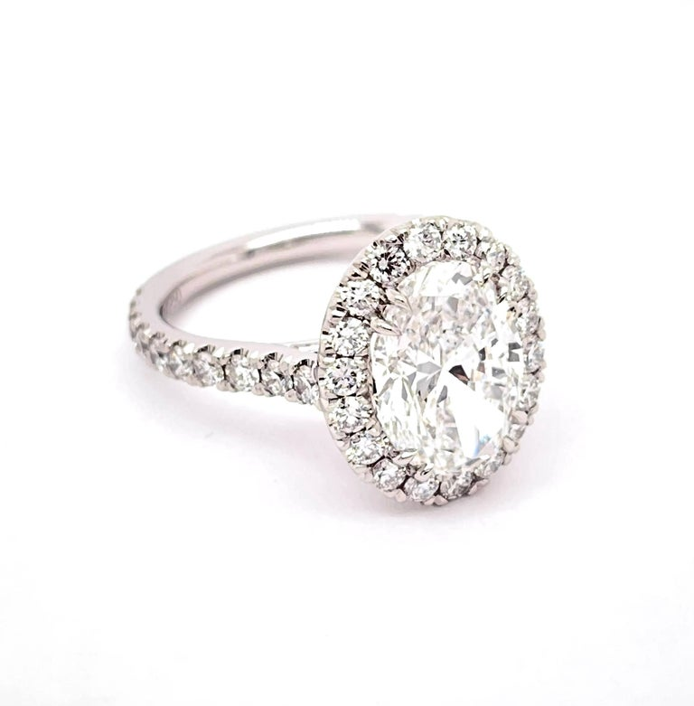 GIA Certified 3.01 Carat Oval Diamond Engagement Ring For Sale 1