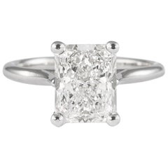 GIA Certified 3.08 Carat Radiant Diamond Solitaire Ring 18 Karat White Gold