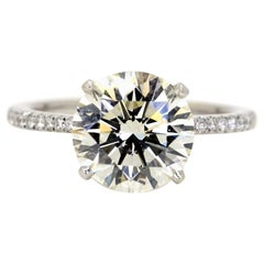 GIA Certified 3.25 Carats Round Brilliant Cut Engagement Ring