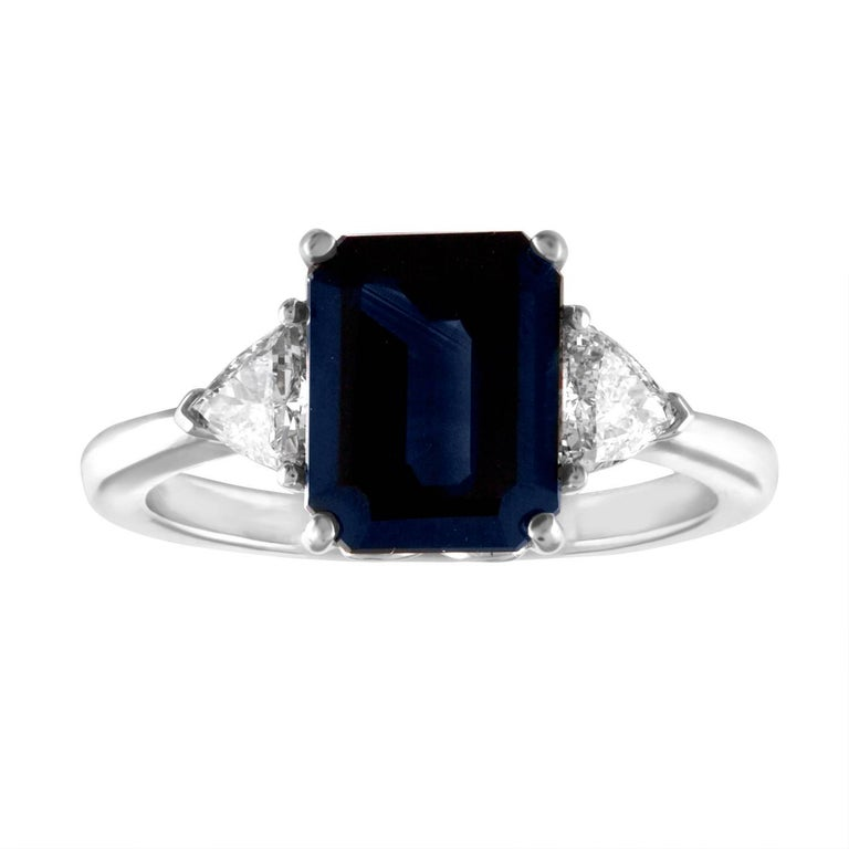 GIA Certified 3.33 Carats Dark Blue Sapphire Diamond Three-Stone Gold Ring
