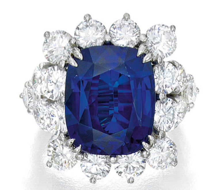 GIA Certified Ceylon Sapphire NO HEAT and Natural Diamond Cocktail Ring