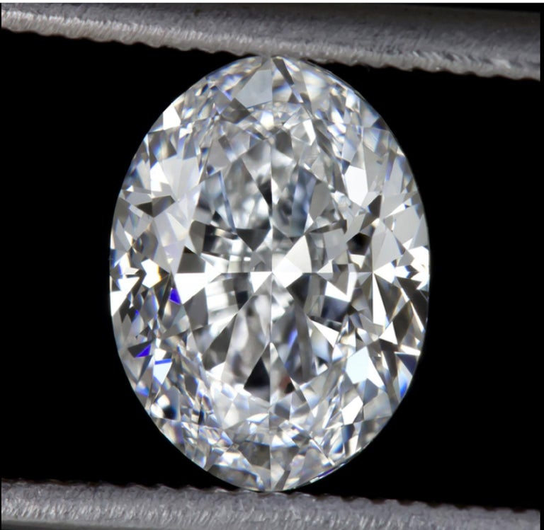 Oval Cut GIA Certified 3 Carat Oval Diamond Ring E Color VS2 Clarity For Sale