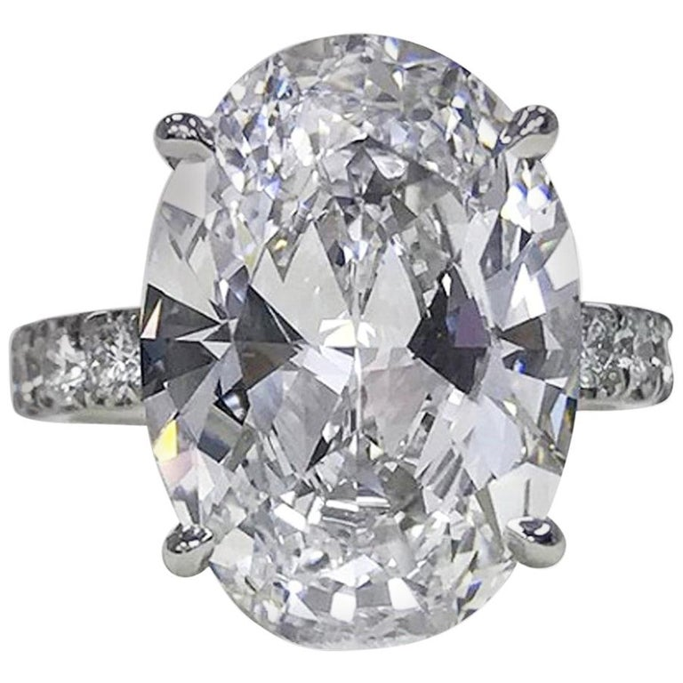 GIA Certified 3 Carat Oval Diamond Ring E Color VS2 Clarity For Sale