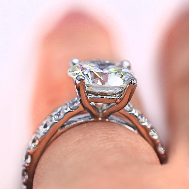 Women's GIA Certified 3.61 Carat E-SI Engagement Ring For Sale
