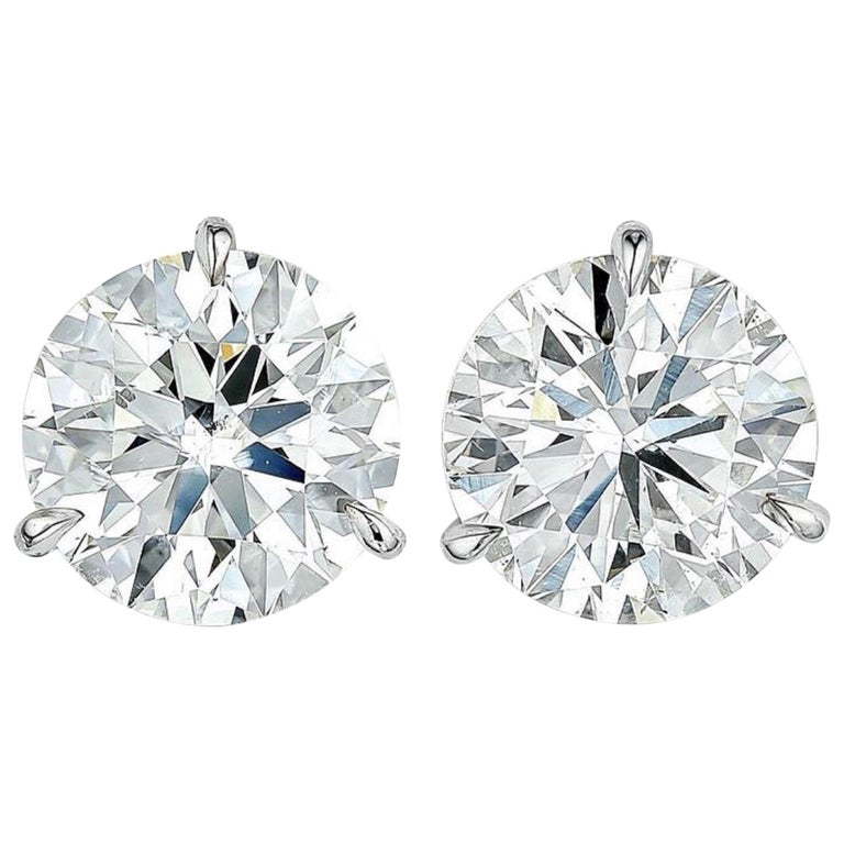 INTERNALLY FLAWLESS/VVS D Color GIA Certified 3 Carat Brilliant Diamond Studs  For Sale