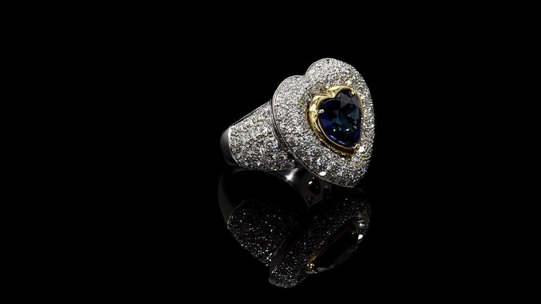 GIA Certified 3.90 Carats Blue Sapphire Heart Ring with Diamonds Platinum/18KYG In New Condition For Sale In Beverly Hills, CA