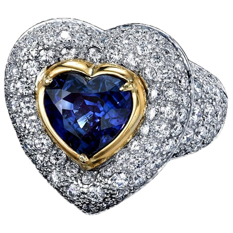 GIA Certified 3.90 Carats Blue Sapphire Heart Ring with Diamonds Platinum/18KYG For Sale