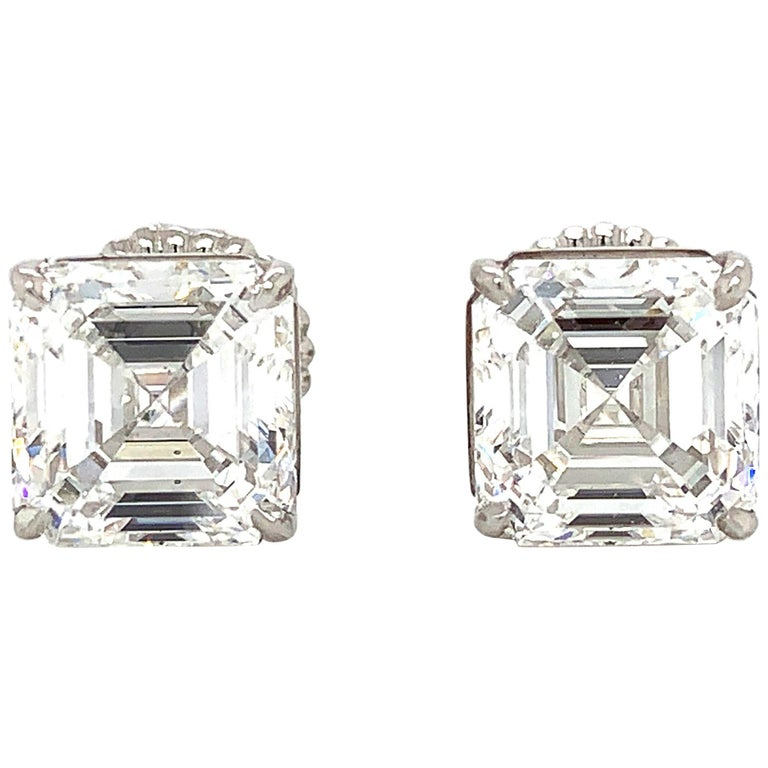 GIA Certified 4 Carat Asscher Cut Diamond Stud Earring in Platinum For Sale