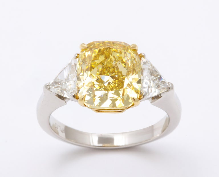 Women's or Men's GIA Certified 4 Carat Fancy Intense Yellow Diamond Ring For Sale