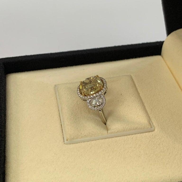 GIA Certified 4.01 Carat Fancy Yellow Cushion Cut Diamond Ring For Sale 1