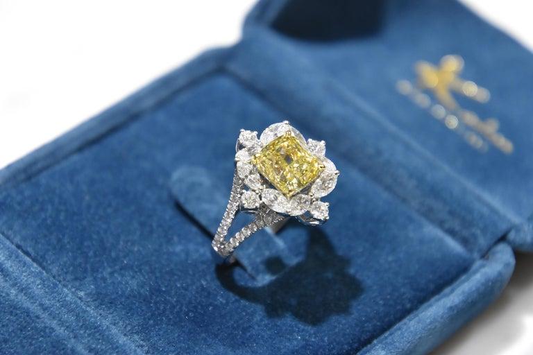 Women's GIA Certified 4.01 Carat Fancy Greenish Yellow Diamond Cushion Cut Ring For Sale