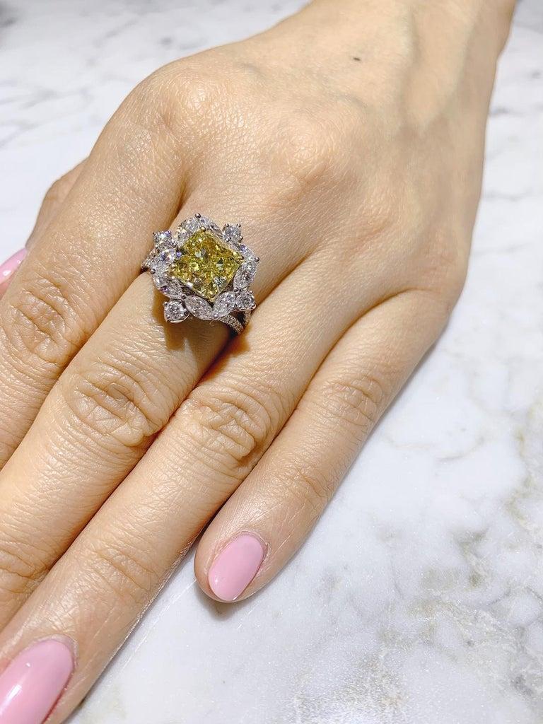 GIA Certified 4.01 Carat Fancy Greenish Yellow Diamond Cushion Cut Ring For Sale 2