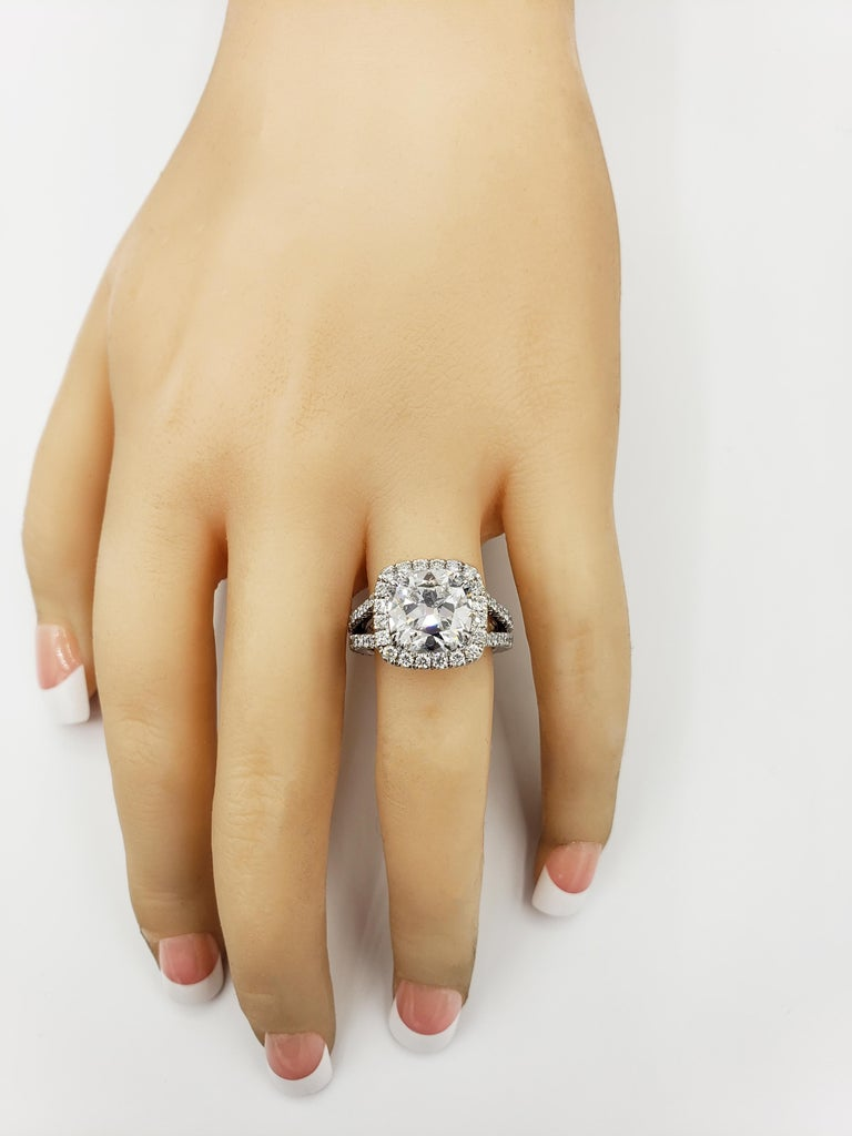 GIA Certified 4.11 Carat Cushion Diamond Halo Engagement Ring In New Condition For Sale In New York, NY
