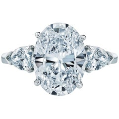 GIA Certified 4.15 Carat 'main stone' Oval Diamond Ring