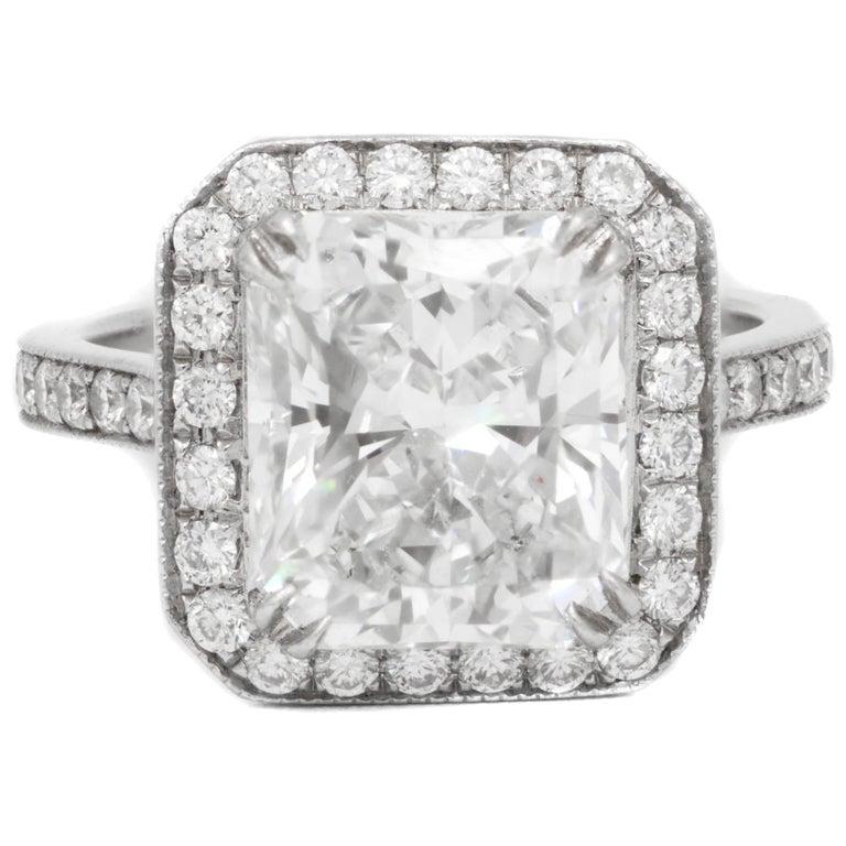 GIA Certified 4.18 Carat G-VS2 Radiant Diamond Ring For Sale