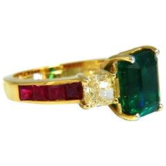 GIA Certified 4.29 Carat F1 Emerald Fancy Yellow Diamond Ruby Ring 18 Karat