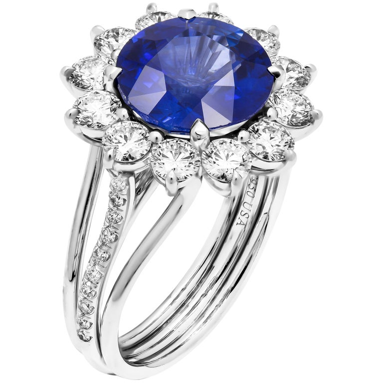 GIA Certified 4.32 Carat Sapphire Ring For Sale