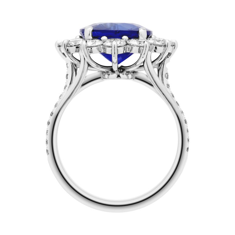 Round Cut GIA Certified 4.32 Carat Sapphire Ring For Sale