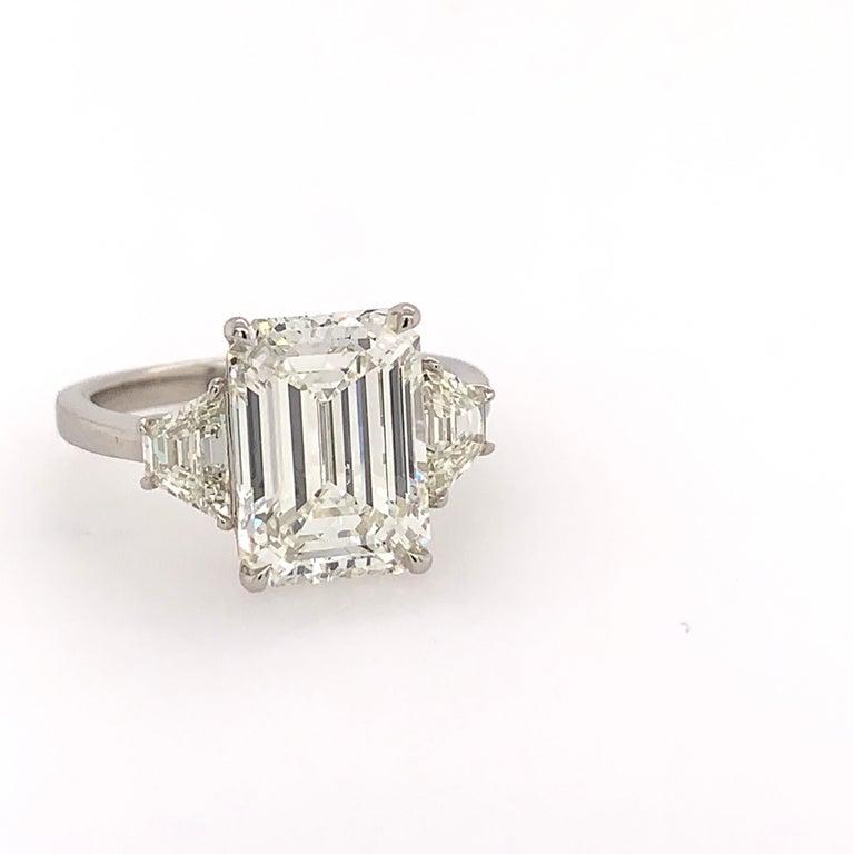 Women's GIA Certified 4.40 Carat Emerald Cut J VS2 Natural Diamond Platinum Ring For Sale