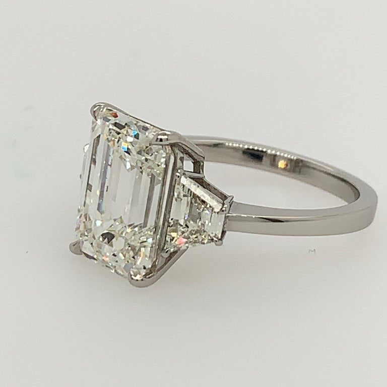 GIA Certified 4.40 Carat Emerald Cut J VS2 Natural Diamond Platinum Ring For Sale 2