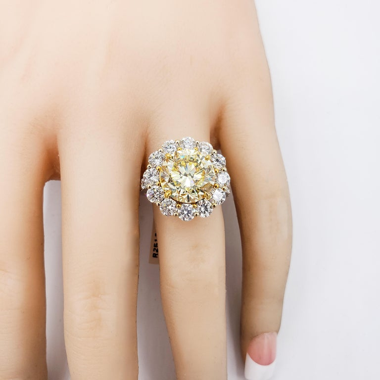 GIA Certified 4.47 Carat Fancy Intense Yellow Diamond Ring For Sale 3