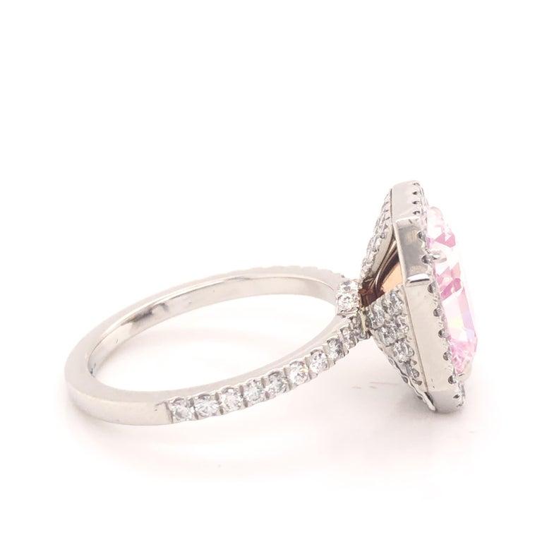 Modern ROC DIAMOND GIA Certified 4.48 Carat Pink Diamond Ring For Sale